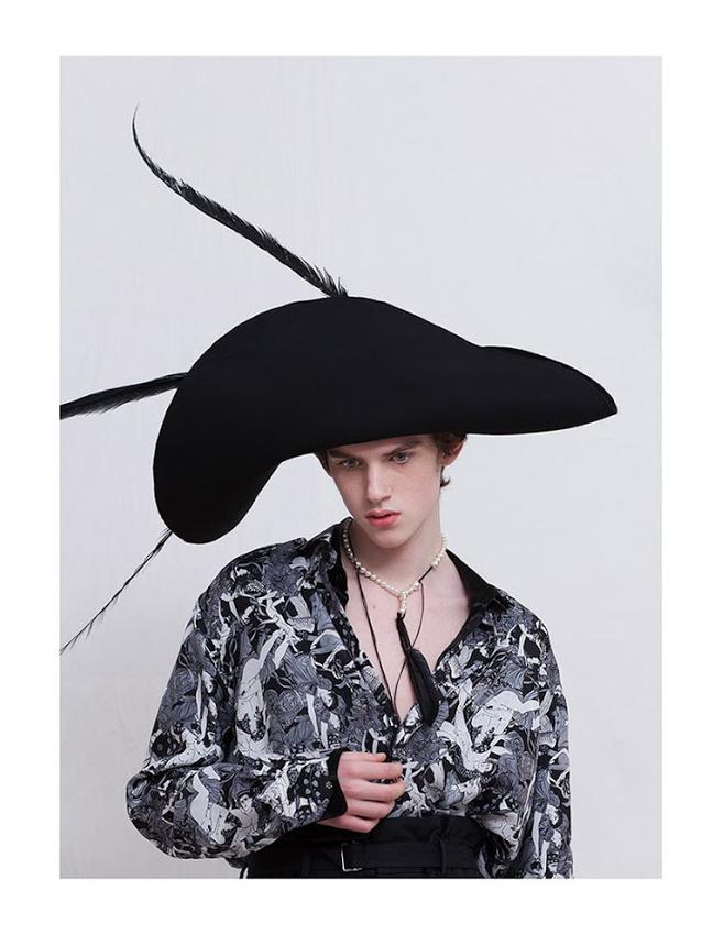 Contributor magazine foto robert petreanu styling cosmin florea
