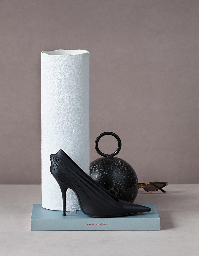 harpers bazaar romania accesories photo robert petreanu styling set design cosmin florea